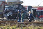 Treno ad alta velocità deraglia nel Lodigiano, morti i due macchinisti: uno era di Reggio Calabria