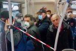 """Reggio, Falcomatà si sfoga: """"Coronavirus in crescita, gente in giro sui bus"""""""