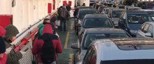 File sui traghetti Messina e Villa San Giovanni nei giorni scorsi