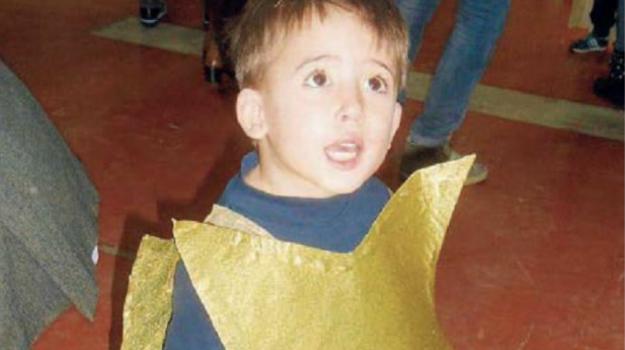 bimbo morto piscina, cosenza, Giancarlo Esposito, Cosenza, Calabria, Cronaca
