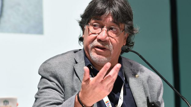 coronasvirus, scrittore, Luis Sepúlveda, Sicilia, Cultura