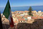 """Pochi posti letto in Calabria, il Partito dei Valori cristiani: """"Domani esponiamo il tricolore"""""""