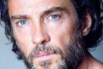 Nasce Lorenzo, l'attore Alessio Boni papà per la prima volta a 53 anni