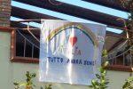 """""""Andrà tutto bene"""", lenzuola con il tricolore sui balconi di Cirò Marina"""