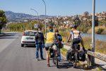 Coronavirus, dalla ragazza che passeggia col cane ai turisti tedeschi in bici: prime sanzioni a Messina