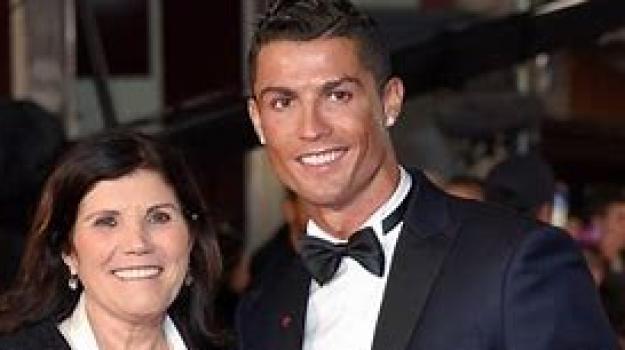 ictus, mamma, ospedale, Cristiano Ronaldo, Dolores Aveiro, Sicilia, Sport