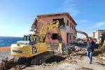 Case pericolanti a Messina, al via le demolizioni a Contesse