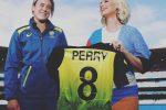 Katy Perry è incinta e mostra il pancione in pubblico: le foto