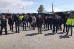 Lavoratori nel piazzale Atm a Messina