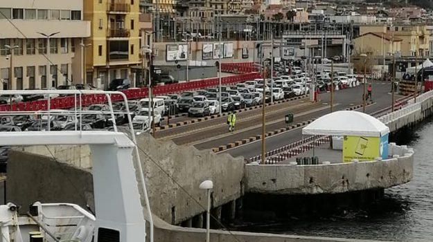 passaporto degli innamorati, stretto di messina, Cateno De Luca, Messina, Sicilia, Cronaca