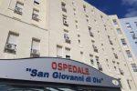 Ospedale di Crotone, postazione Tac mobile per le diagnosi dei malati di Covid