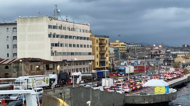coronavirus, esodo, rientri, traghetti, Messina, Sicilia, Cronaca
