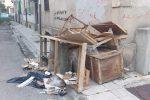 """Vigili urbani di Messina stanano chi abbandona rifiuti, De Luca: """"Siamo perseveranti"""""""