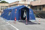 Postazioni per il Coronavirus a Reggio, corsa contro il tempo per allestirle ma servono medici