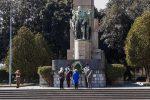 Il 25 aprile a Messina, l'omaggio del prefetto Librizzi al monumento ai caduti