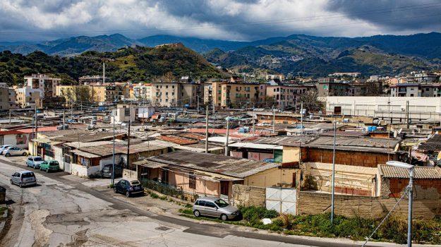 baracche messina, Cateno De Luca, Marcello Scurria, marco falcone, Messina, Sicilia, Politica