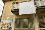 Femminicidio di Furci, il sindaco di Dasà espone un lenzuolo bianco per Lorena