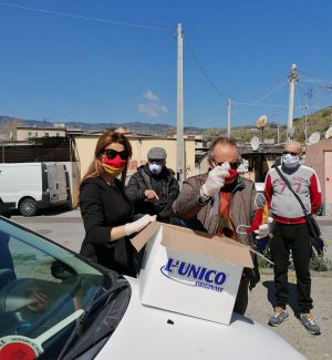 "Baraccopoli di Messina, Siracusano (FI): ""Donate mille mascherine ai residenti"""