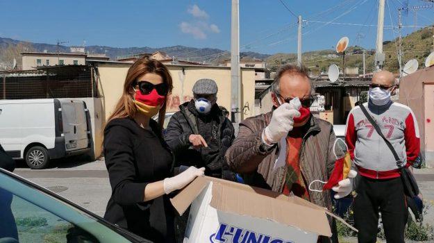 """Baraccopoli di Messina, Siracusano (FI): """"Donate mille mascherine ai residenti"""""""