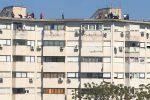 Pasqua col Coronavirus a Palermo: grigliate, musica e balli sui tetti dei palazzi - Video