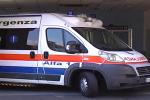 Serra San Bruno, 35enne cade dal balcone di casa: ferito alla spalla e alla caviglia