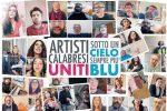 Il cielo è sempre più blu... malgrado tutto: il flashmob benefico di 48 artisti calabresi