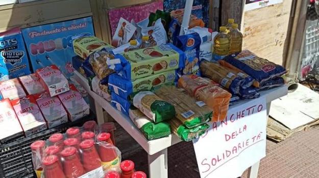 coronavirus, generi alimentari, solidarietà, Catanzaro, Calabria, Cronaca