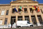 Esercito igienizza i palazzi istituzionali in Sicilia, sanificato il Municipio di Messina
