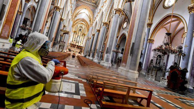 chiesa, coronavirus, fase 2, messa, Giuseppe Conte, Gualtiero Bassetti, Sicilia, Cronaca