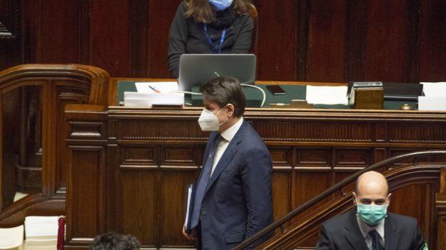 coronavirus, fase 2, mascherine, Giuseppe Conte, Sicilia, Politica