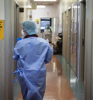Tornano a crescere i contagi da Coronavirus in Calabria, 733 i casi e 45 le vittime
