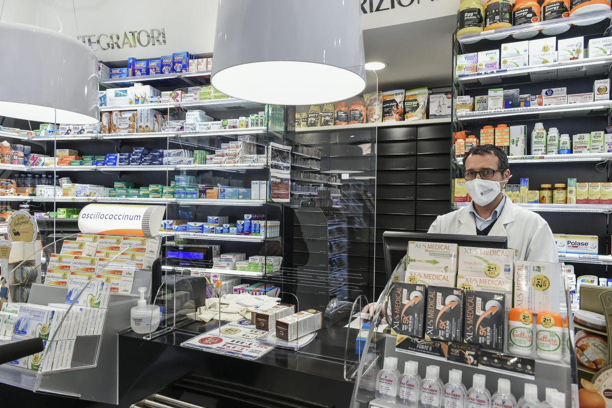 Coronavirus 40 Mila Mascherine Donate Ai Farmacisti Gazzetta Del Sud