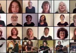 I 300 allievi della scuola di musica. Che cantano e suonano ( a distanza) L'iniziativa della Cluster di Milano: un modo per rimanere insieme ai tempi del Coronavirus - Corriere Tv