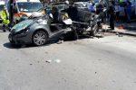 Incidente a Palermo, un morto e tre feriti nello scontro tra auto e bus