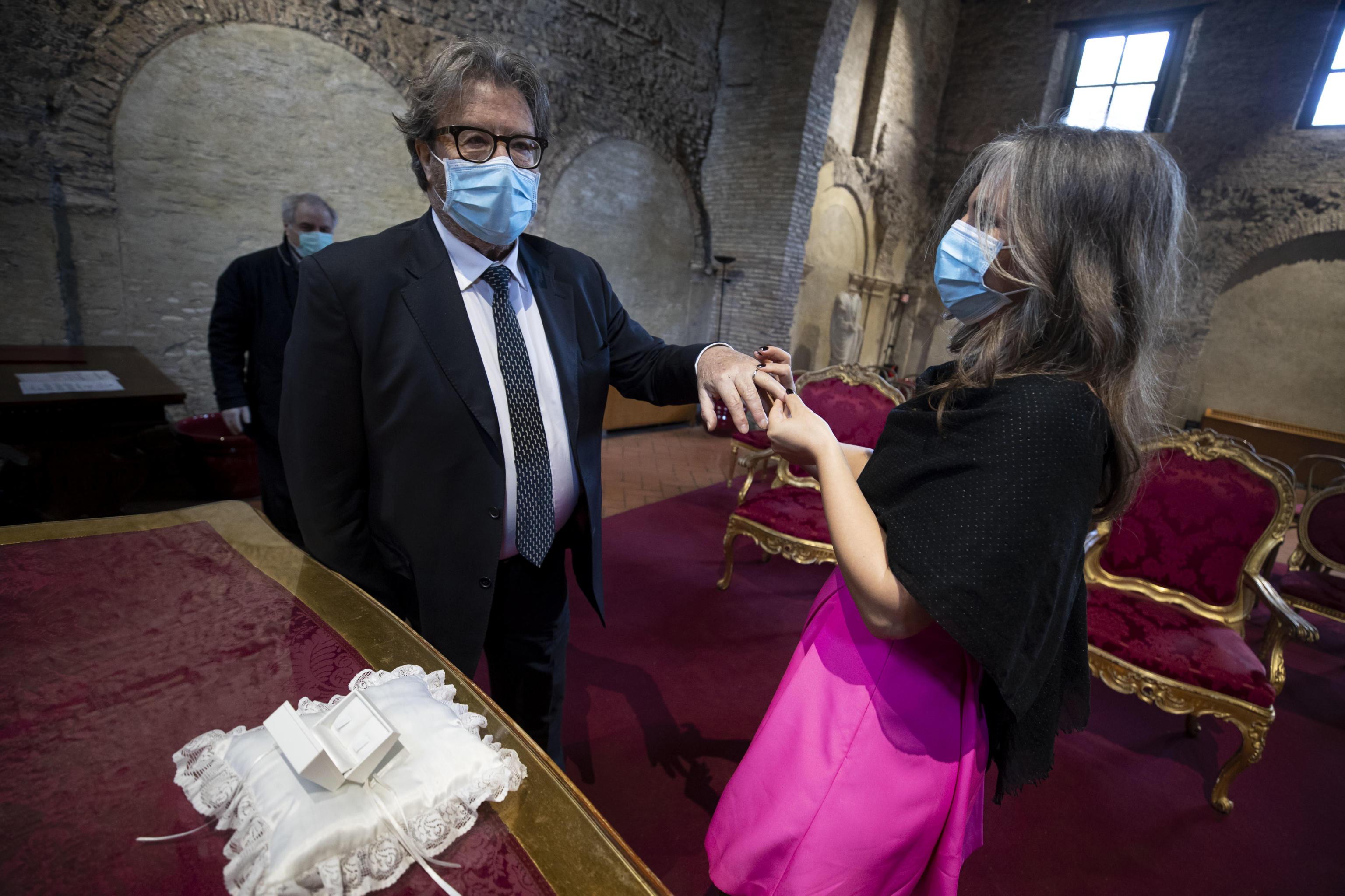 Messe Funerali E Matrimoni Le Proposte Dei Vescovi Al Governo Per La Fase 2 Gazzetta Del Sud