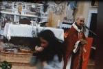 """Filadelfia, prete celebra messa nonostante i divieti: """"Numero limitato di fedeli"""""""