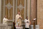 """L'audiomessaggio scurrile di De Luca, l'arcivescovo Accolla: """"Una vergogna, chieda scusa"""""""