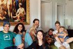 """Michelle Hunziker e la quarantena con la sua famiglia... allargata: """"Siamo tutti più uniti"""""""
