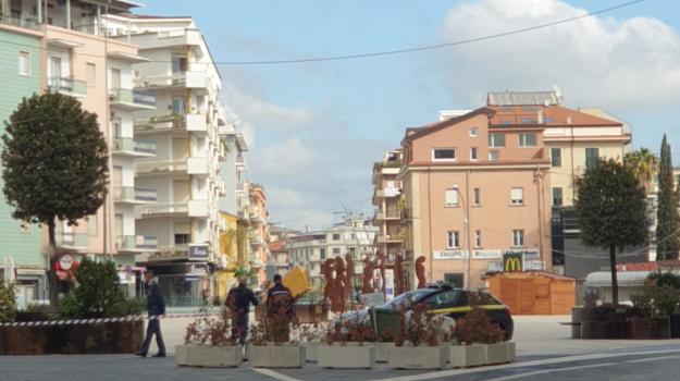 appalti, piazza bilotti, Mario Occhiuto, Cosenza, Calabria, Cronaca