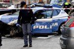 Napoli, poliziotto muore per sventare furto in banca: arrestati altri due ladri in fuga