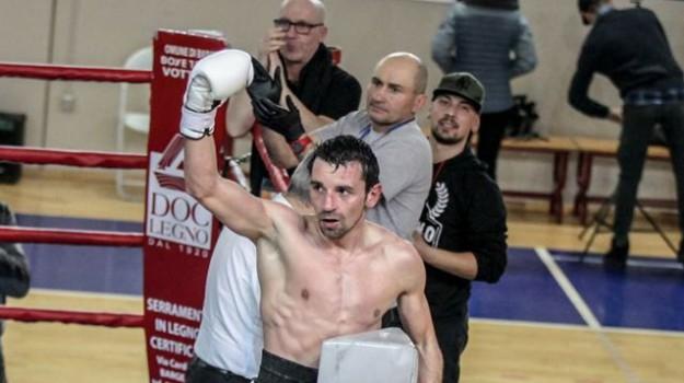 boxe, solidarietà, Benoit Manno, Catanzaro, Calabria, Sport