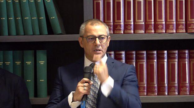 Francesco Basentini, Sicilia, Politica