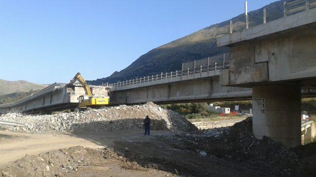 a19, viadotto himera, marco falcone, Sicilia, Politica