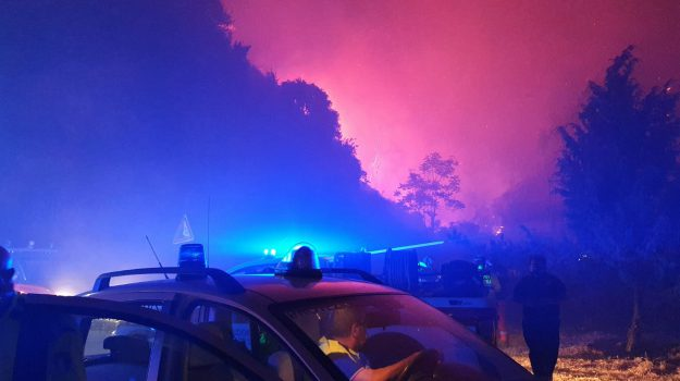 incendi, messina, Messina, Sicilia, Cronaca