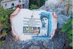 Vandali a Bagnara Calabra, danneggiata la targa in memoria di Mia Martini