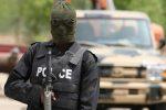 Raid armato in un villaggio nigeriano, almeno 13 abitanti uccisi