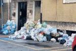 Reggio, per strada restano ancora 2500 tonnellate di rifiuti