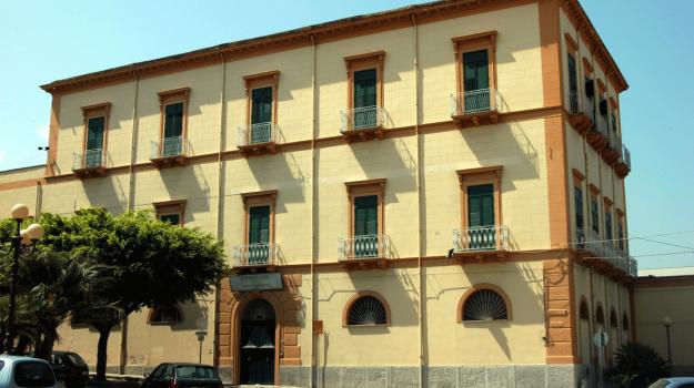 sant'agata militello, suore salesiane, Messina, Sicilia, Cronaca