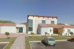 Vandalizzata la scuola primaria di Cutro, rubati anche diversi pc: danni ingenti