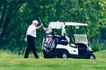 """Usa, Biden attacca Trump: """"Quasi 100mila morti per il Coronavirus e lui gioca a golf"""""""